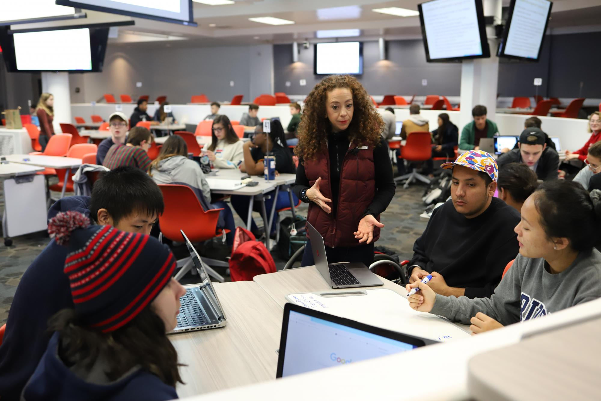 Collaborative Learning Space | EDUC 211